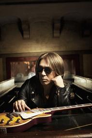 松本孝弘(Tak Matsumoto)が4月6日にニューアルバムをリリース
