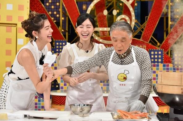 『新チューボーですよ!』(左から)森星、松井珠理奈(SKE48)、堺正章 (C)TBS