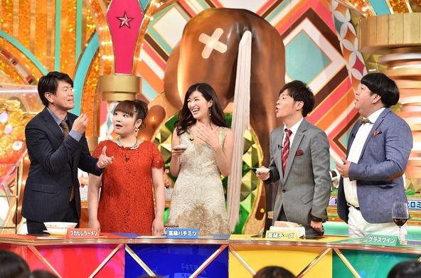 左から:ヒロミ、柳原可奈子、葉...