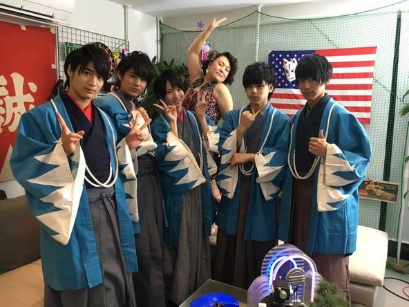 「幕末☆PRINCE」10月10日にはバービーが篤姫役でマジプリメンバーと競演 (C)中京テレビ