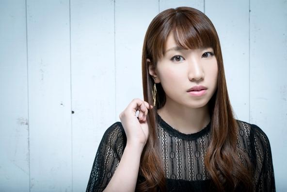 ニューアルバムのリリースが決定した吉岡亜衣加