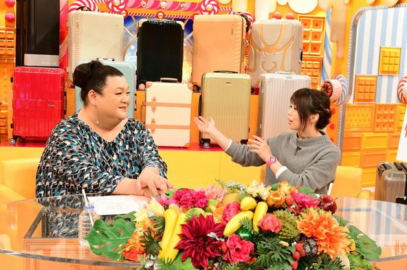 『マツコの知らない世界SP』ゲスト:石野田奈津代(右)、MC:マツコ・デラックス(左) (c)TBS