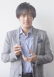 大谷亮平(「逃げるは恥だが役に立つ」)がドラマアワードで新人賞受賞、審査員「日本においても大きく飛躍しそうな存在」