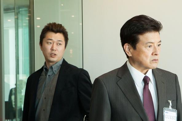 「就活家族 〜きっと、うまくいく〜」左から:国原耕太(新井浩文)、富川洋輔(三浦友和) (c)テレビ朝日