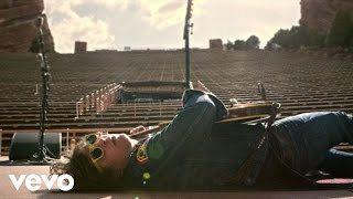ライアン・アダムス、「Do You Still Love Me?」のミュージック・ビデオを公開