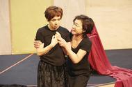 大竹しのぶ、キムラ緑子ら実力派の演技バトルを堪能! 愛憎溢れる古典劇『フェードル』稽古場レポート