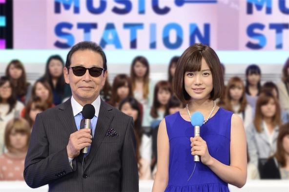 「ミュージックステーション」MCのタモリ、弘中綾香(テレビ朝日アナウンサー) (c)テレビ朝日