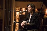 斉藤和義が上京直後に味わった失恋話を披露、大御所・松本隆&南佳孝との共演に「(自分が)居て良いんだろうか」