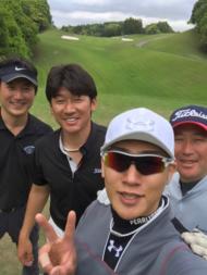 金爆・樽美酒、素顔で哀川翔主宰のゴルフコンペに参加!「ドラゴン賞」ゲットでファンも祝福
