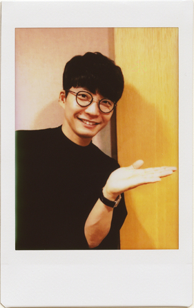 香取慎吾をゲストに迎えた星野源の対談連載「ふたりきりで話そう」が大反響、完売店続出で創刊号以来の重版決定