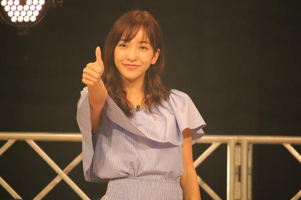 """板野友美9thシングル発売記念イベントの模様がTV初放送、特別映像も加えた""""板野""""づくしの2時間超"""