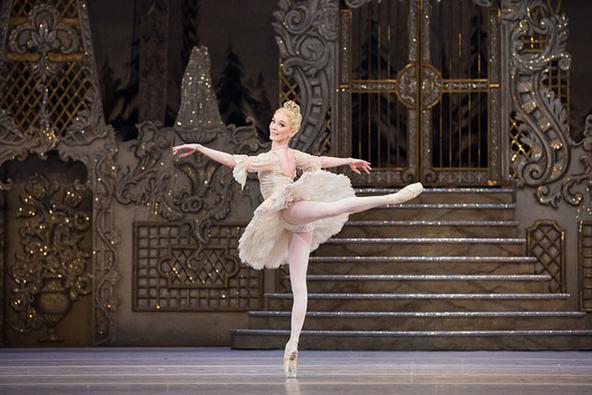 英国ロイヤルシネマシーズン2017/18 ロイヤル・バレエ『くるみ割り人形』~何度でも見たくなる大スクリーンならではの華麗な舞台