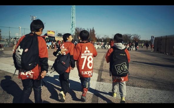 浦和の歴史、浦和レッズの歴史を紡ぐ、サッカーストリートが浦和駅に開通!「URAWA SOCCER STREET」 の コンセプトムービー初公開!