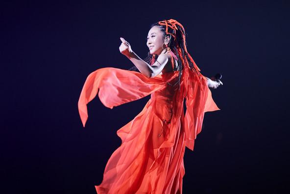20周年記念公演でMISIAが魅せた!圧倒的な歌唱と一流表現者との競演&華やかな演出で五感を満たすライブが放送