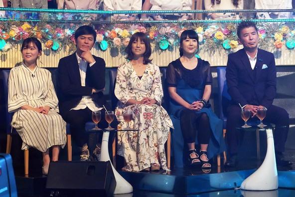 『THEカラオケ★バトル』<ルーキーズカップ>叩き上げシンガー・藤岡友香 (c)テレビ東京