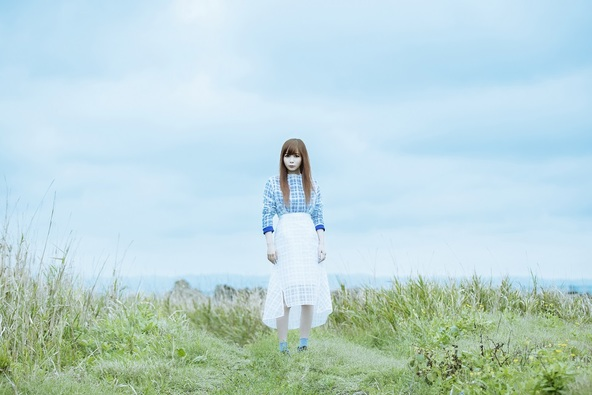 """中川翔子、""""雨女""""返上!? 約3年半ぶりの新曲の幻想的なアートワークが完成!先行配信もスタート"""