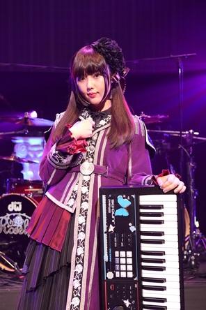 "Roselia、白金燐子役は志崎樺音(しざきかのん)に決定!""Roselia Live「Vier」""にてお披露目"