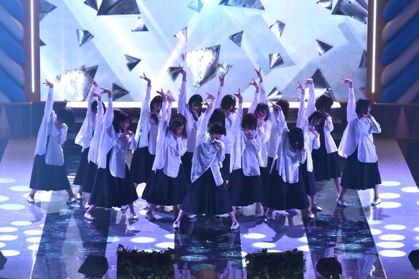 平成最後のベストヒット歌謡祭、欅坂46×けやき坂46の初コラボなど新旧ヒット曲盛りだくさんで30年間を振り返る