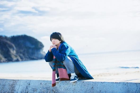 遊助、26枚目のシングル「砂時計」は日々の喜びや悲しみ・葛藤を歌う渾身のメッセージソング!