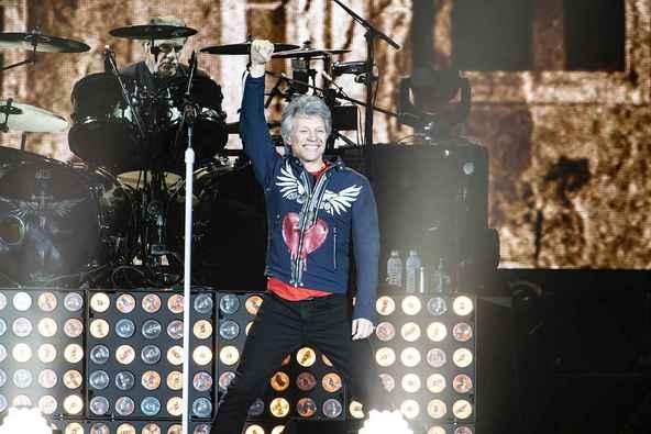 ボン・ジョヴィ 5万人を熱狂の渦に巻き込んだ一夜  ーー11度目の東京ドーム公演をレポ―ト