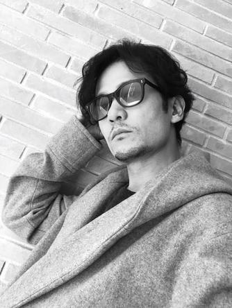 稲垣吾郎が公開した、自撮り写真