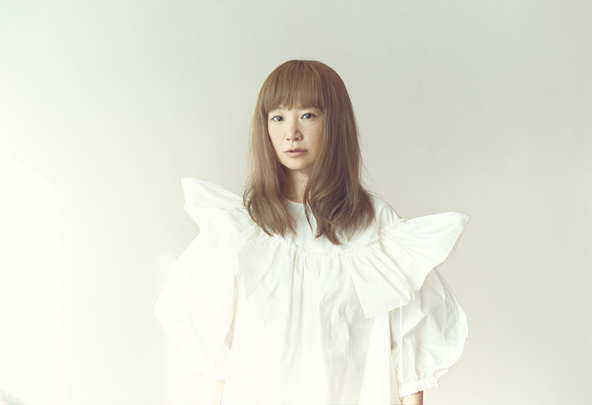 YUKI、「2回目のソロデビューのような、フレッシュなアルバム」というニューアルバム『forme』制作秘話を語る