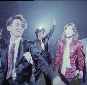 TM NETWORKデビュー35周年の記念日の4月21日(日)に、全国14都市の映画館にて、一日限定TM NETWORK生誕祭開催決定!本日2月15日(金)正午より、チケット先行受付開始! (1)  (C)2019 Epic Records Japan.All rights reserved.