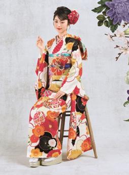 TVCMが話題の女優・浜辺美波さん着用モデルも! 京都きもの友禅