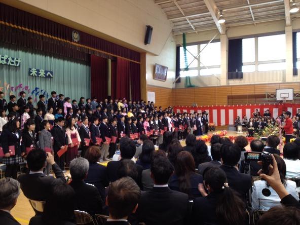 仙台市立広瀬小学校の卒業式にサ...