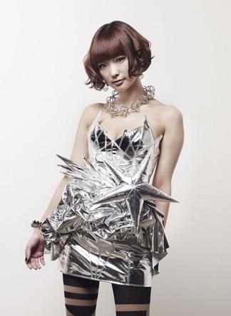 Yun*chiの1stアルバム特設ページに加藤英美里、tofubeats、RAM RIDERらのコメントが到着