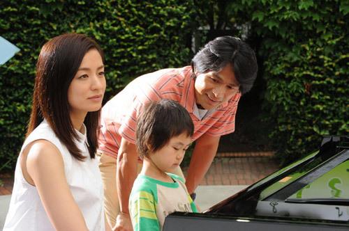 尾野真千子×江口洋介出演ドラマ『はじめまして、愛しています。』第2話 (c)テレビ朝日