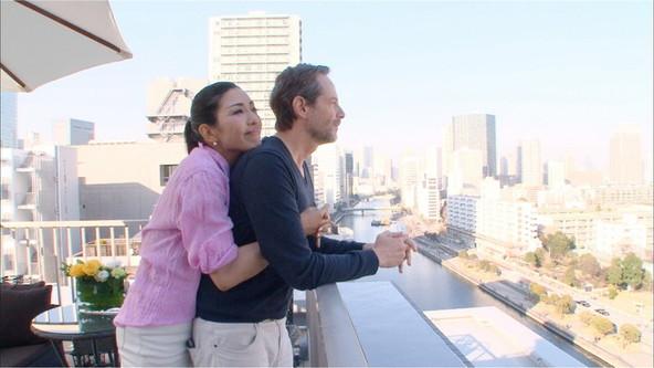 二男・美良生くんと奥山佳恵のドタバタ子育て生活に密着する「人生が変わる1分間の深イイ話」 (C)NTV