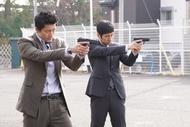 銃撃戦!小栗旬と西島秀俊のガンアクションに乞うご期待!「CRISIS 公安機動捜査隊特捜班」第3話あらすじ