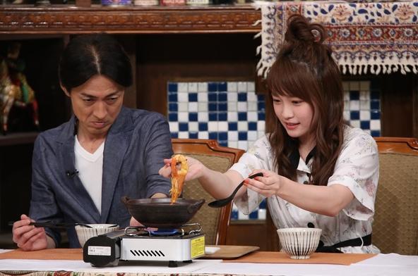 『ぐるぐるナインティナイン』「最強、異業種カレー」矢部浩之、川栄李奈 (c)NTV
