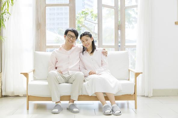 2017年に結婚した芸能人 最も祝福されたのは渡部建さん&佐々木希さん!! (1)