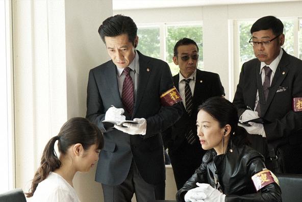 井ノ原快彦(V6)主演「特捜9」第8話 (c)テレビ朝日・東映