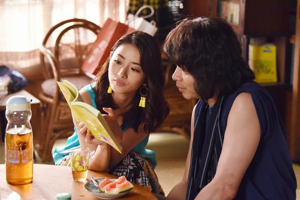 1度目のキスはまぐれ?石原さとみ・峯田和伸主演「高嶺の花」第4話レビュー