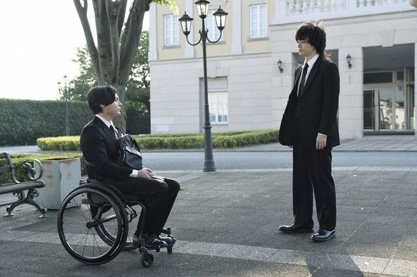 医療ミスで亡くなった祐太郎の妹を担当した弁護士の不審死、山田孝之&菅田将暉主演『dele』第8話レビュー