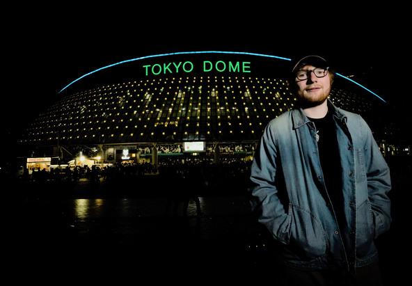 """エド・シーラン来日ドーム公演にONE OK ROCKがゲスト出演決定!""""良い友人""""Takaと念願の共演が実現"""