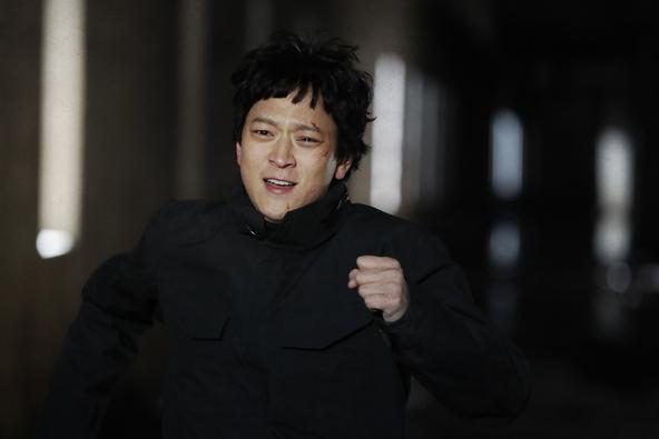 日本の人気小説を原作とした映画『ゴールデンスランバー』『夏、19歳の肖像』2作品がDVD同時リリース!