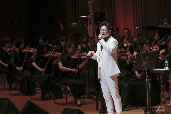 石丸幹二、オーケストラと共に名曲を歌い上げる『オーケストラコンサート2019 ~ミュージカル、29年の道のり~』がスタート (c)写真:西村淳