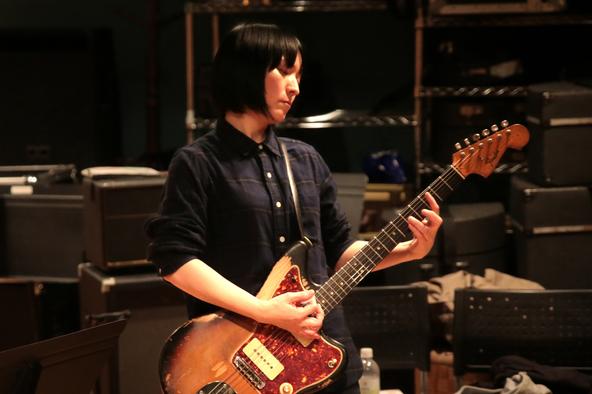 田渕ひさ子がギター・マガジンで連載していた人気コラムを電子書籍化! 中尾憲太郎とのトーク・イベント、描き下ろしイラストのLINEスタンプ化も! (1)