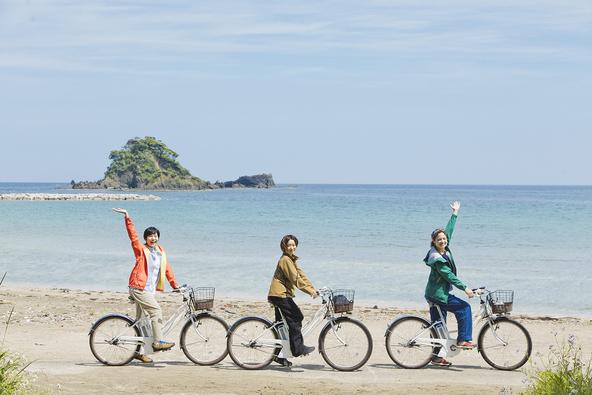 映画「カメラを止めるな!」主題歌『Keep Rolling』ボーカル 山本真由美がアウトドアライフを満喫!!WOWOW発「アウトドアシップ ~ソト・タビ・アレコレ~」 (1)