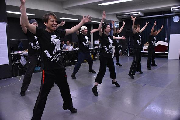 北翔海莉と沙央くらまが初出演! 『CLUB SEVEN ZERO II』本気の稽古場レポート&インタビュー