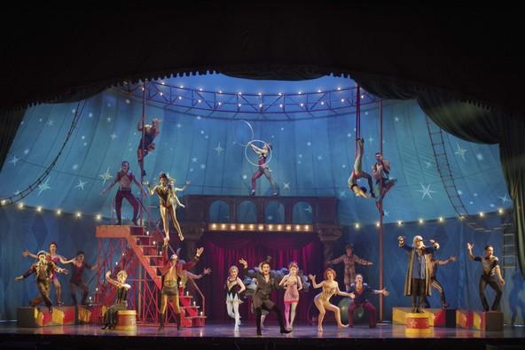 ミュージカルとサーカスが融合!ブロードウェイミュージカル『ピピン』が開幕 (1)