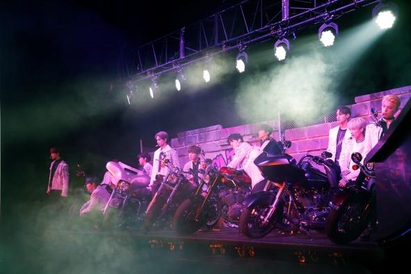 SEVENTEEN、高度な歌唱力とダイナミックなパフォーマンスで創り上げられた圧巻のエンターテイメントショー!WOWOWでいよいよ6/23(日)に全曲放送! (1)
