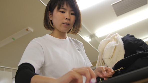 一日10万着が全国から到着!日本トップクラスの売上を誇る「宅配クリーニング」の秘密とは?「BACKSTAGE」