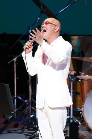 松山千春 ステージ復帰でツアーファイナル16曲熱唱 急性喉頭炎の悪化から復活「声を出さないようにしてきた」 (1)
