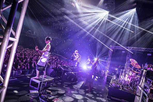vistlip、七夕の夜にライブ「vistlip 12th Anniversary【My Zodiac Sign.】」でファンと再会。そしてニューシングル、ライブツアーも!