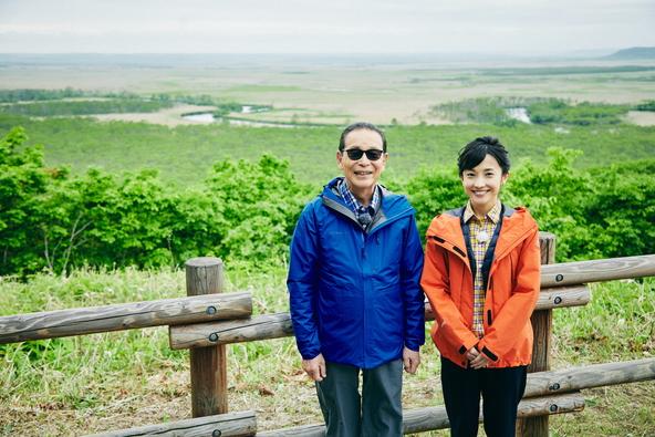 『ブラタモリ』「釧路湿原~世界に誇る釧路湿原のスゴさとは?~」タモリ、林田理沙アナウンサー(1) (c)NHK